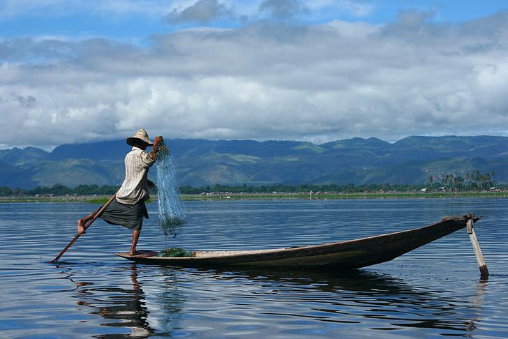 Mjanmarsko, Inle, rybár, loďou, Poľovníctvo, jazero