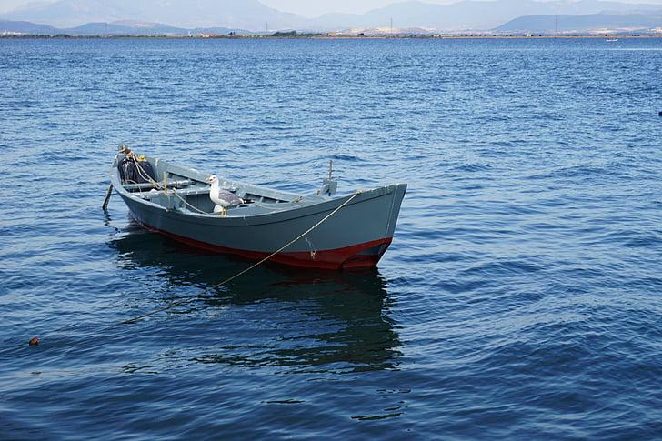 Brodovi i čamci - Page 36 Boat-sea-blue-colors-preview
