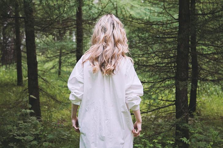 Blond, blonde, skog, utendørs, person, trær, kvinne
