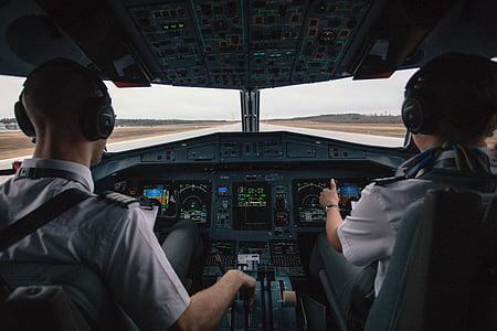 buồng lái, Phi công, mọi người, người đàn ông, máy bay, đi du lịch, giao thông vận tải