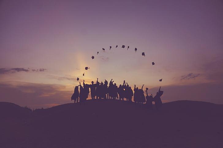 Αυγή, σούρουπο, Οι απόφοιτοι, λόφου, άτομα, σιλουέτα, Οι μαθητές