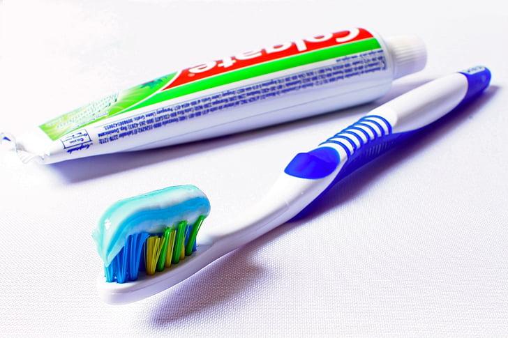 hambahari, hügieeni, suuõõne hügieen, hambapasta, puhastamine, isikliku hügieeni