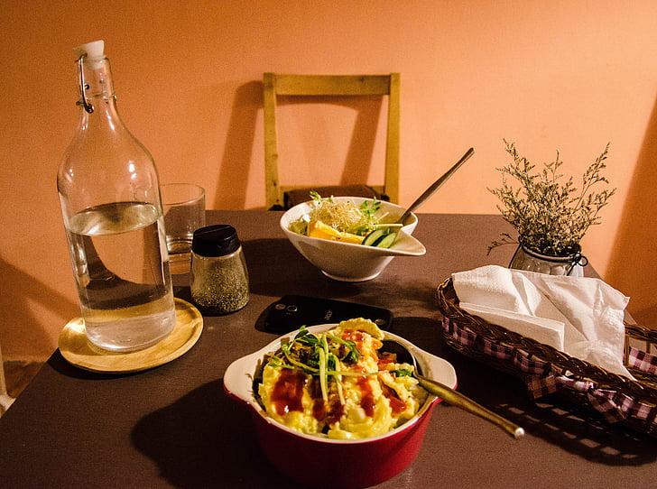 pusdienu galda, pusdienas, silts