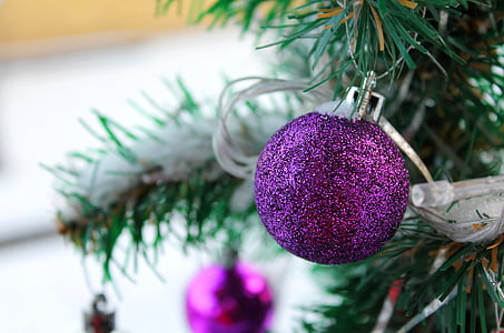 new year's eve ball, new year's eve, christmas, krupnyj plan, christmas tree, christmas decorations, christmas background