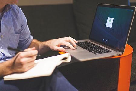 oseba, navigacijo, MacBook, Pro, dela, pisanje, pisemski papir