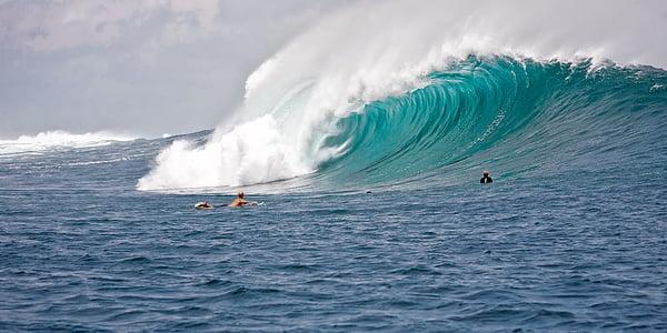 grans onades, surfistes, poder, l'oceà Índic, Ombak tujuh Costa, l'illa de Java, Indonèsia