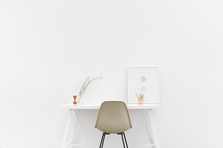 desk, white background, white room, chair, white, copy space, studio shot