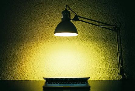 hell, Computer, dunkel, beleuchtete, Lampe, Laptop, Licht