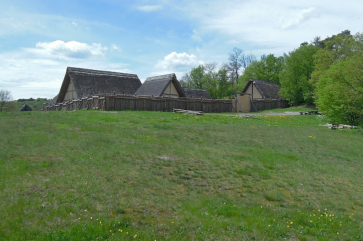 place of residence, celts, the celts, settlement, homes, home, wood