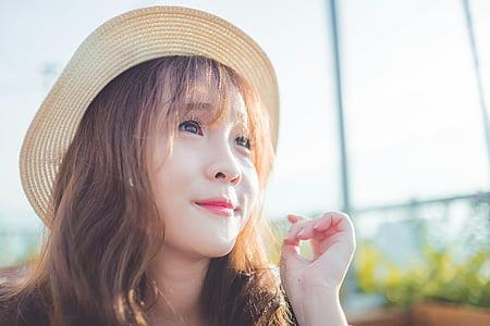 Ao dai, persones del vietnam, la jove, portraint, el barret, dia assolellat, smiile