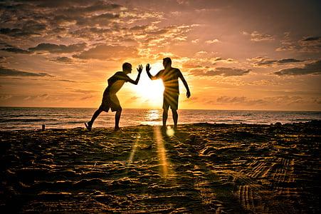 приятели, партньори, сол, плаж, приятелство, силует, залез
