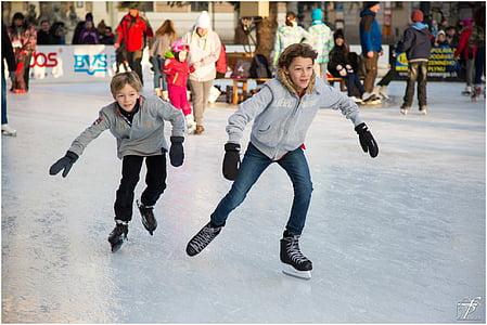 Patinatge sobre gel, Patinatge sobre gel, Patinatge, Patinatge artístic, esports d'hivern, persones, l'hivern
