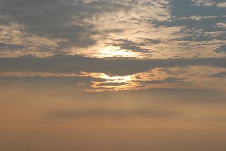 vakara saules starus, ainava, debesis, vakara debesis, saulrieta debesīm, mākonis, apelsīnu debesis