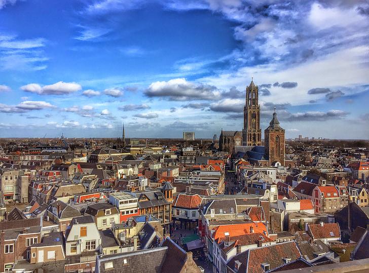 Utrecht, Holandsko, Veža kostolného dómu, Katedrála námestie, veža, dom