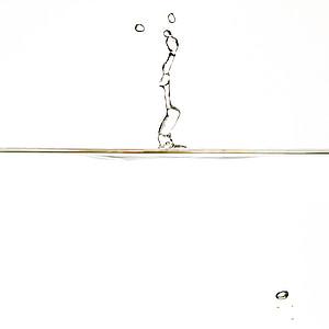 vatten, DROPP, Dans, droppe vatten, hochspringender hög drop, vatten-funktionen, våt