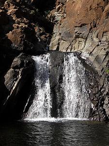 cascadă, debitul de apă, apa de munte