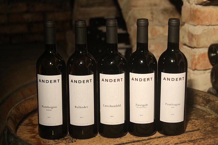 rött vin, glasflaskor för vin, flaskor, glasflaskor, rött vin flaskor, vin, Zweigelt