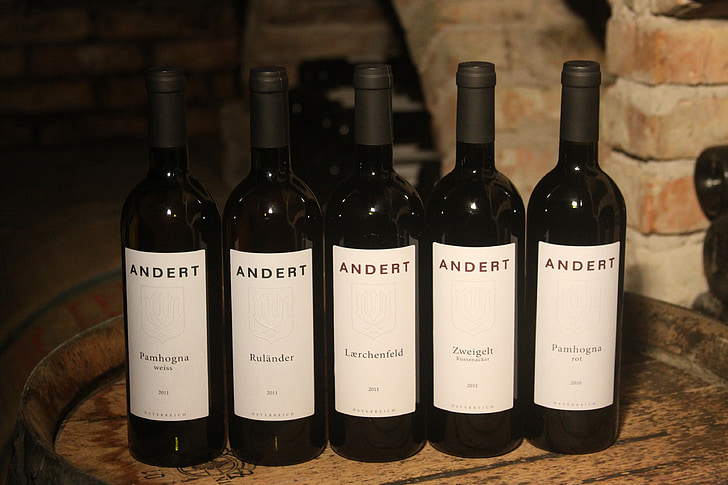 red wine, wine bottles, bottles, glass bottles, red wine bottles, wine, zweigelt