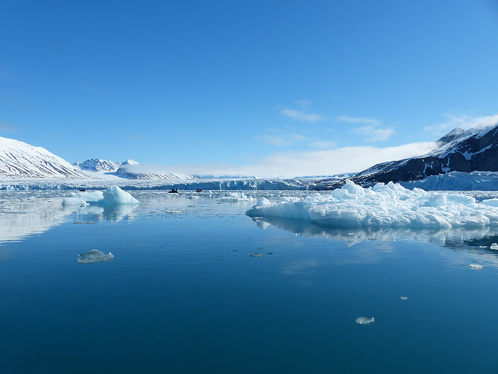 spitsbergen, loneliness, silent, water, ice, mountains, snowfall