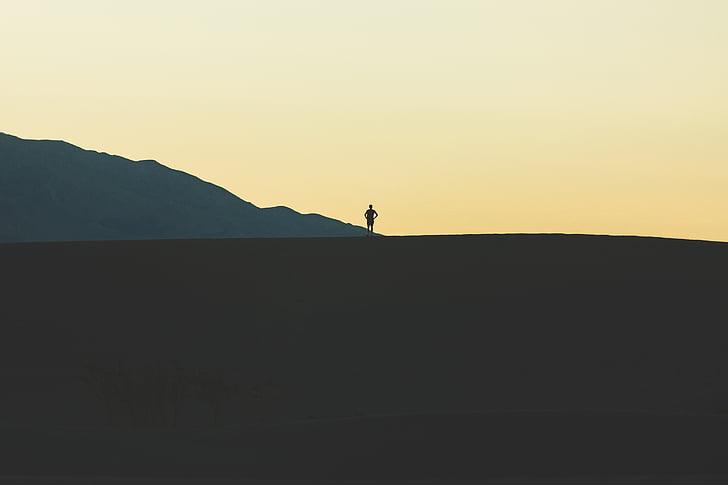 home, muntanya, persona, silueta, peu, posta de sol, paisatge