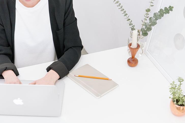 žena, predné, Tabuľka, Pracovná, písanie, MacBook, laptop
