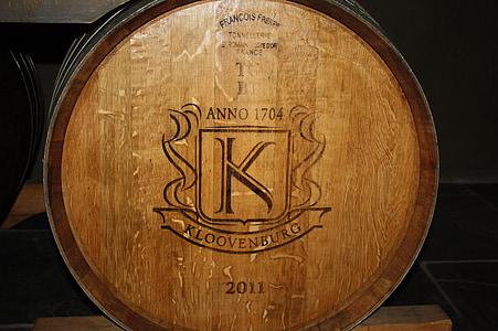 tonneau de vin, tonneaux en bois, baril, conservation du vin