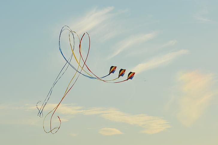 vėjas aitvaras, mėlynas dangus, oro, debesys