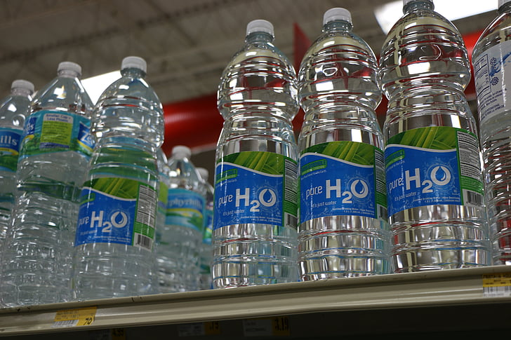 víz, palackok, üveg, műanyag, műanyag flakon, műanyag palackok, szupermarket