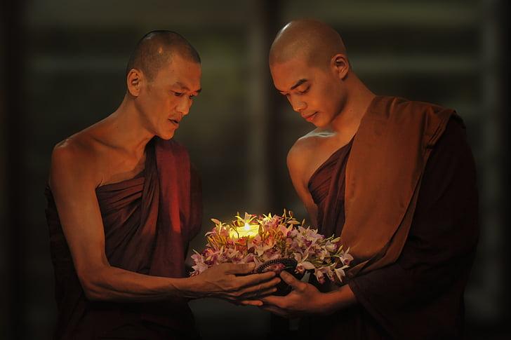 Theravada budisme, monjos, Espelma de pas, Espelma en foscor, budisme, Theravada, tradicional