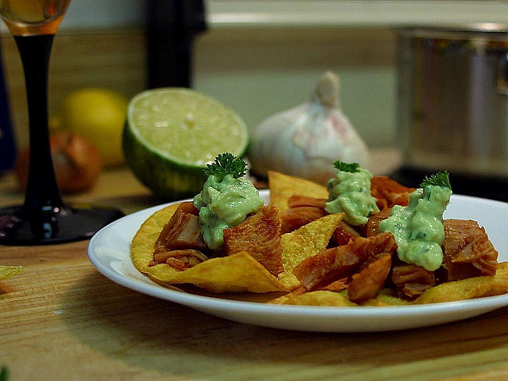cuisines, ail, puces, paltes, limes, nachos, boisson