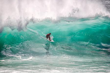 surfista, grans onades, crisi, Ombak tujuh Costa, l'oceà Índic, l'illa de Java, Indonèsia
