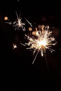 cap d any, Chispitas, Ràdio, focs artificials, focs artificials - home objecte, exhibició de focs artificials, espurnes