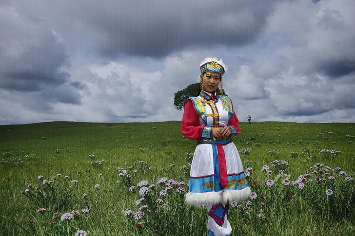 Prairie, mongolia interioară, frumuseţea interioară, tradiţionale de îmbrăcăminte, femeie, modelul