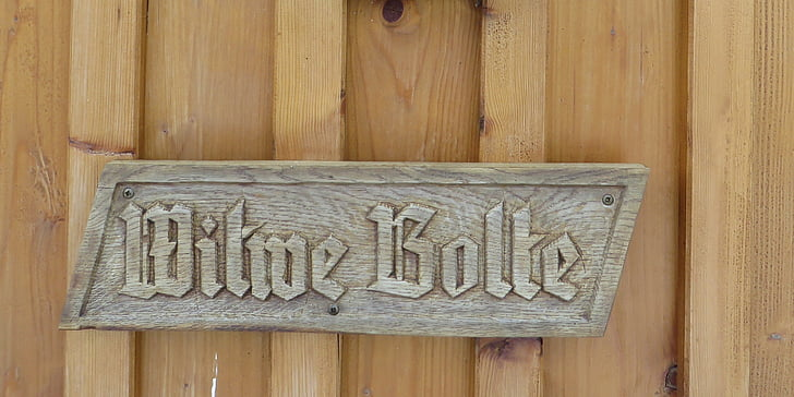 wooden sign, fairy tales, widow bolte
