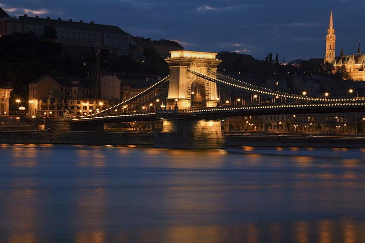 Mostovi - Page 37 Bridge-budapest-hungary-chain-bridge-preview
