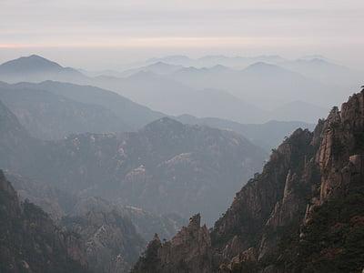 montanhas, pôr do sol, nuvens, paisagem, modo de exibição, cadeias de montanhas, nevoeiro