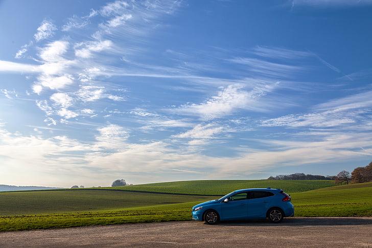 l'automòbil, automoció, cotxe, núvols, paisatge, camp, herba
