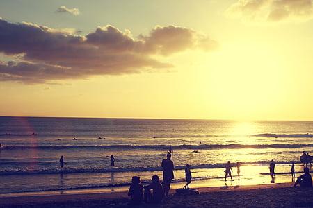 Sunset beach, oameni împreună, plajă, vara, apus de soare, oameni, mare