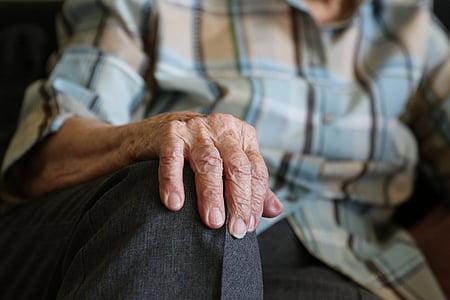 hands, 104 years, pensioner, old age, old lady, grandma, seniors