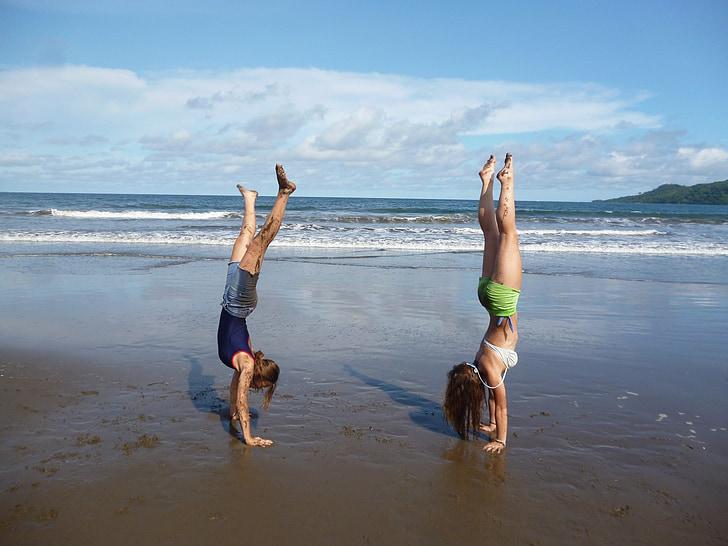 meninas, Acrobat, acrobacia, exercício, praia, areia, felicidade
