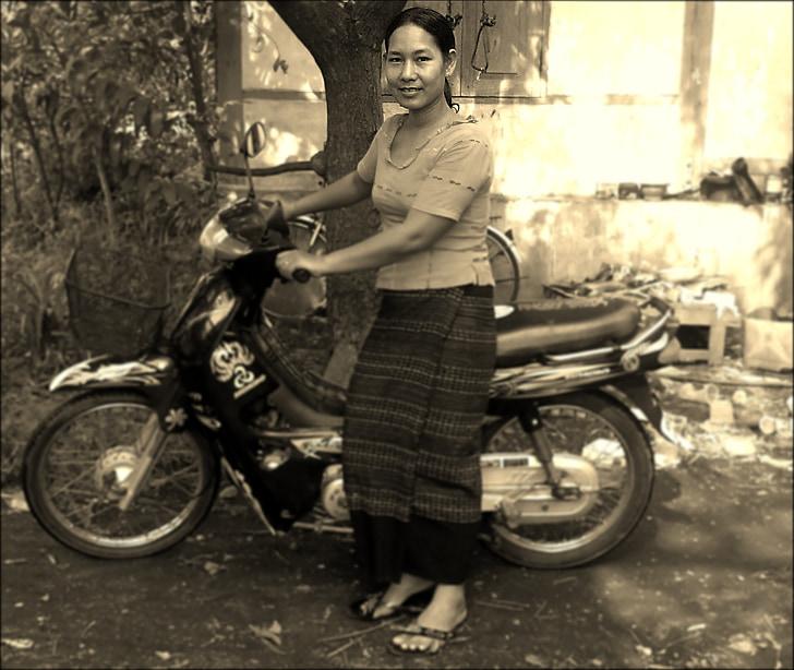 woman, motorbike, motorcycle, smile, female, asian, vietnamese