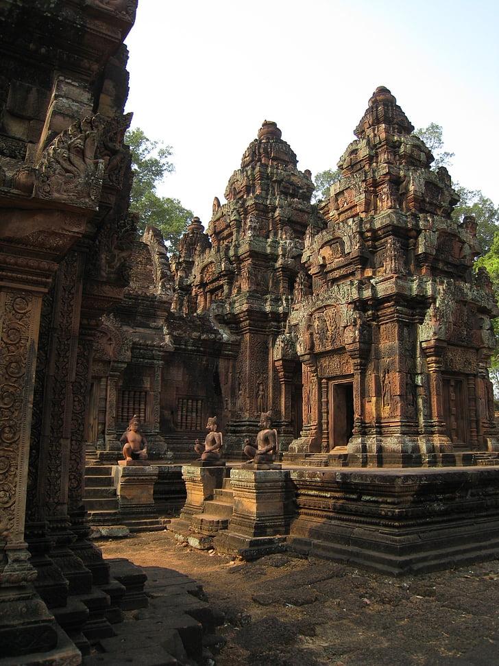 Камбоджа, Wu в Ангкор Ват, дялан камък