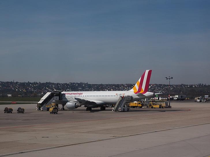 lentokenttä, Stuttgart, Stuttgartin lentokenttä, lasku, ilma-aluksen, Saksan wings, lentokone