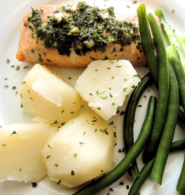 salmó al forn, patates, mongetes verdes, All, julivert
