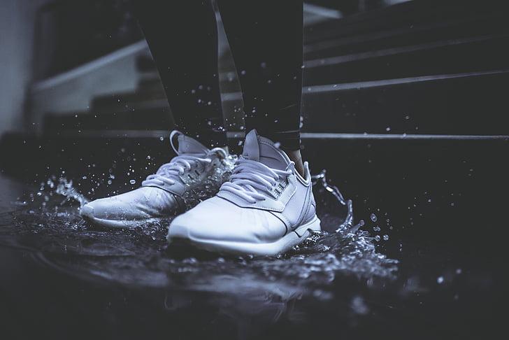 fottøy, sko, joggesko, Splash, vann, våte