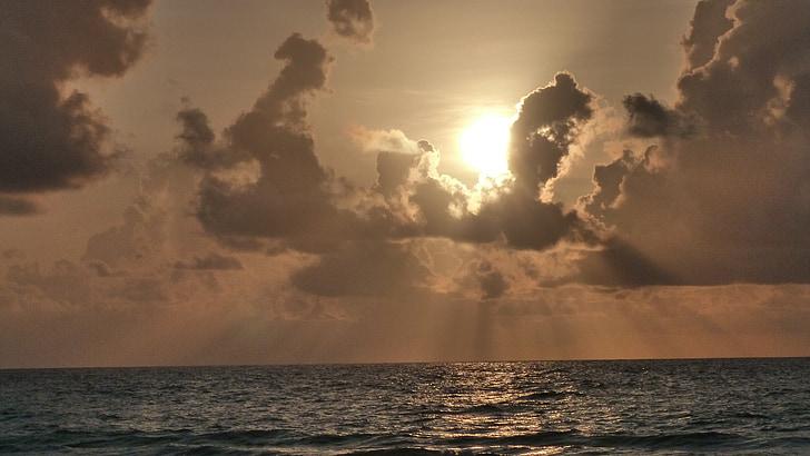 núvols, torna la llum, l'aigua, Sunbeam, formació de núvols, llum, raigs