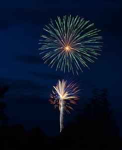 tűzijáték, rakéták, függetlenség napja, július 4-én, ünnepe, esemény, tűzijáték, vektoros