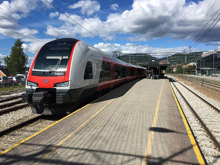 tren, viatges, ferrocarril, viatge, l'estació de