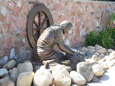 estatua de, estatuas de calle, estatua de calle, bronce, mujer, luz del sol, roca