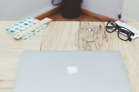 macbook, computer, mac, apple, laptop, technology, eyeglasses